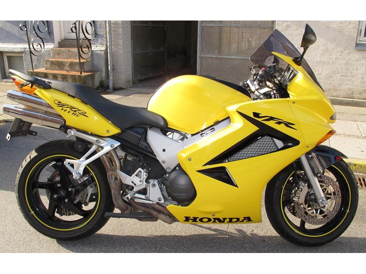 Honda vfr 800 vtec 2004 min dr mmecykel til jeg en da for Honda 800 number