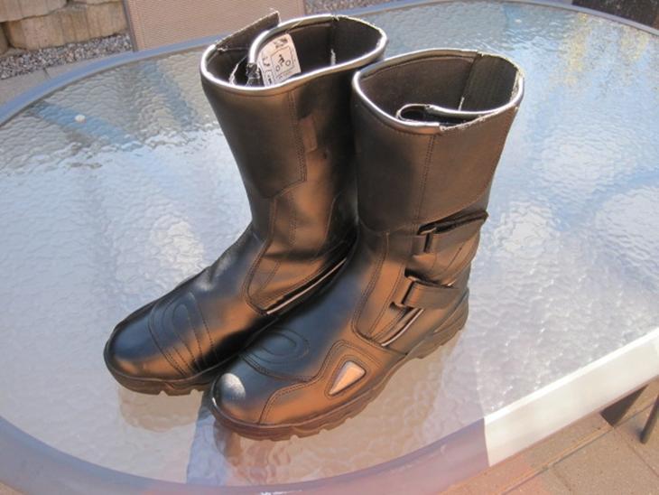 9d8dfcaca091 MC støvler - kr. 250 - brugte beklædning