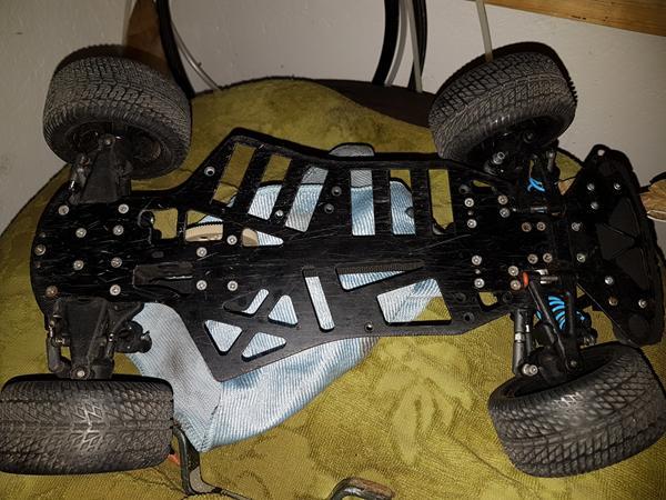 Hjælpe - Hvilken chassis / Bil er det??