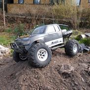 Truck Axial scx10