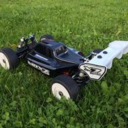 Buggy Mugen MBX 7 eco