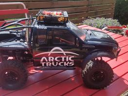 Off-Roader Axial SCX 10 Dingo