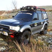 Bil Axial scx10 II Toyota Land Cruiser serie 80
