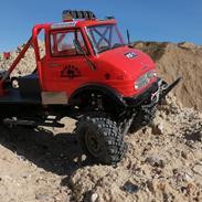 """Off-Roader Axial SCX-10 """"Unimog 406"""""""