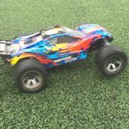 Off-Roader Traxxas Rustler 4x4 VXL