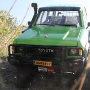 Off-Roader Toyota Landcruiser Hj61 vx