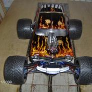 Off-Roader * traxxas revo 3.3 *