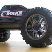 Off-Roader E-Maxx Brushless Edition