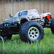Truck Savage XL