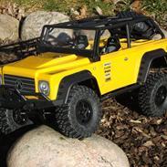 Off-Roader Axial SCX 10 Hilux / Dingo / Defender 90