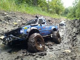 Off-Roader Axial SCX-10 Toyota Hilux