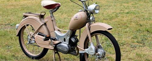 Hvad er forskellen på en scooter og en knallert?