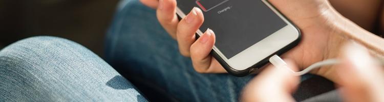 Sådan oplader du iPhone og Mac på farten