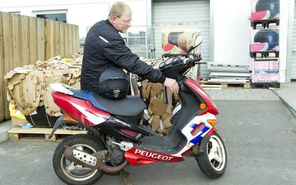 Scooter i tog