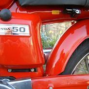 Honda  CD50  5 Speed