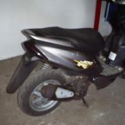 Yamaha Jog R (rød)SOLGT (9800)