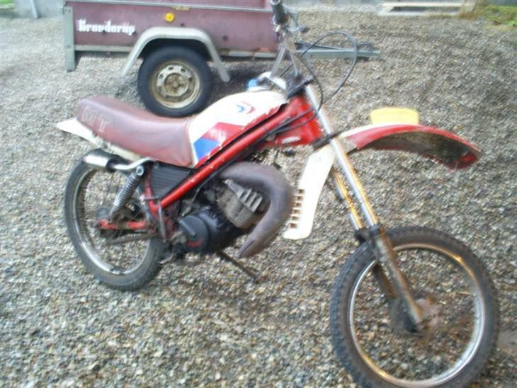 Honda havetraktor - min donor cykel.. motoren skal over på have traktoren.. resten smides ud..