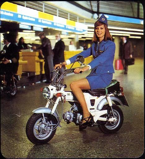 Honda DAX White  se videolink - Reklame fra 1974 billede 6