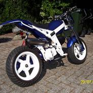 Suzuki Street 'Corsa' Magic AC