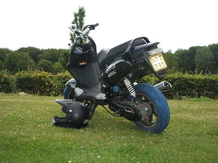 PGO PMX NAKED CARBON^^ - Billeder af scootere - Uploaded