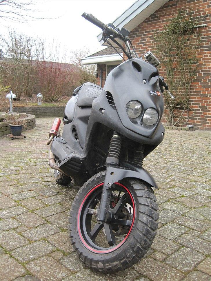 PGO pmx naked - Billeder af scootere - Uploaded af 32/33