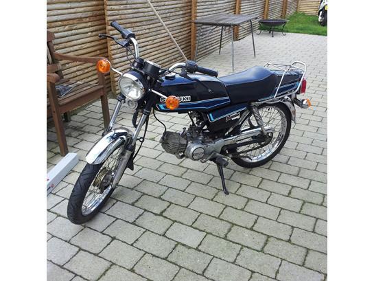 Suzuki Samurai DM50