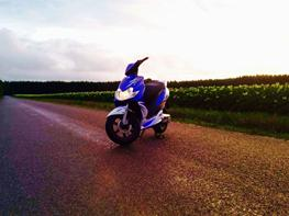 Yamaha jog r påkørt