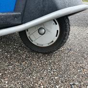 Piaggio ape50 europe van 25 km/t Blue action