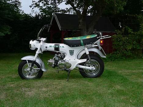 Honda DAX White  se videolink billede 9