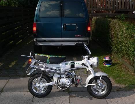 Honda DAX White  se videolink billede 16
