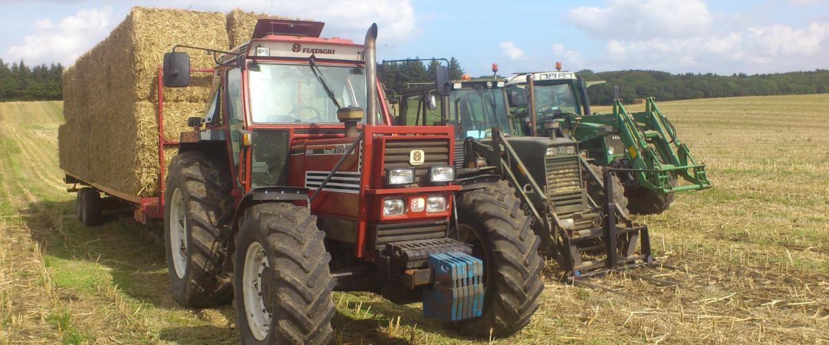 Arbejde mm. - Diverse traktor - Uploadet af Kasper K