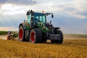 Köpa en traktor? Vi hjälper dig fatta rätt beslut!