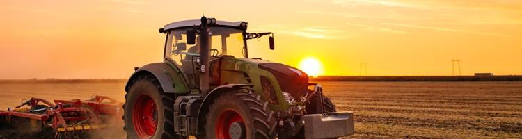 Nyd turene i traktoren
