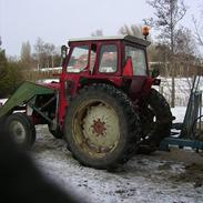 International Harvester 724 (ejer)