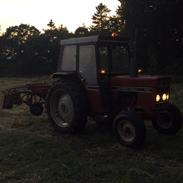 International Harvester 485