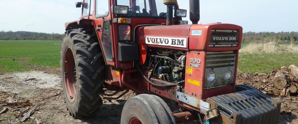 Volvo BM 700 Turbo - - rigtig fin traktor køre og st...