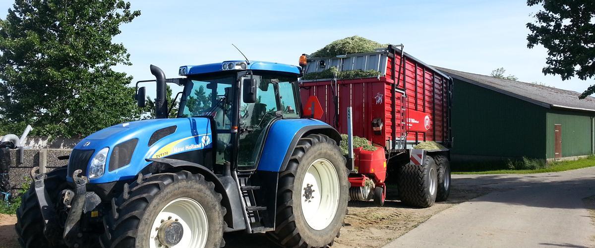 New Holland TVT 170 - 2004 - Fin traktor med vario. Som fu...