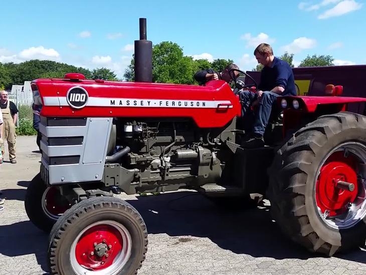 Massey Ferguson 1100 : Massey ferguson diverse traktor video uploadet